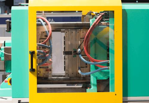 stampaggio a iniezione plastica